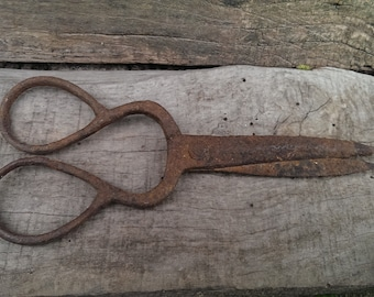 Antique Rusty Iron Scissors, Hand Forged Scissors, Primitive Cast Scissors from 1920s, Sewing Vintage Scissors, Rustic Home Decor