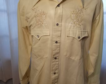 FREE  SHIPPING  1970  Men  Embroidered Western  Shirt