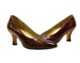Vintage 1980s Ferragamo Shoes Size 5A Alligator Grained