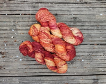 Hand-dyed 100% Superwash Merino yarn, 4-ply, colourway Ablaze