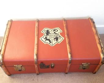 Harry Potter Style - Custom Hogwarts School Trunk Replica