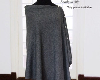 80% cashmere poncho with buttons / Cashmere poncho / Cashmere shawl / Cashmere scarf / Button poncho / Cashmere blend