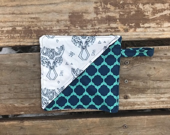 Accessory case, dreamcatcher stag bag, boho teal bag, pencil case, pencil bag, make-up bag, makeup case, stylish baggy, zipper pouch