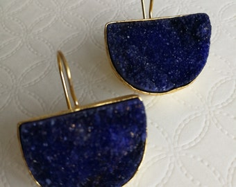 Pendant earrings with blue druzy agate