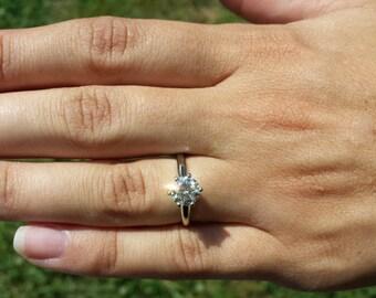Solitaire - 1.00 carat Round - Diamond Engagement Ring Platinum - Beautiful Petra Rings