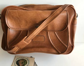 Vintage Leather Attache Case / Cool Leather Briefcase