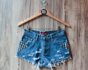 High waist vintage studded denim shorts Size 3 | Ripped distressed shorts | Silver pyramid studded | Festival shorts | Silver studded shorts