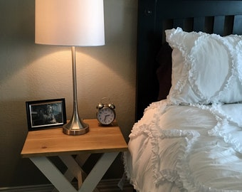 Farmhouse End Tables/ Wooden End Tables/ White Night Stands/ Farmhouse Night stands/ Wooden Night Stands/ Criss-Cross Night Stand