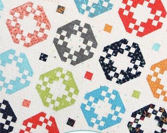 Focal Point Fat Quarter Quilt Paper Pattern