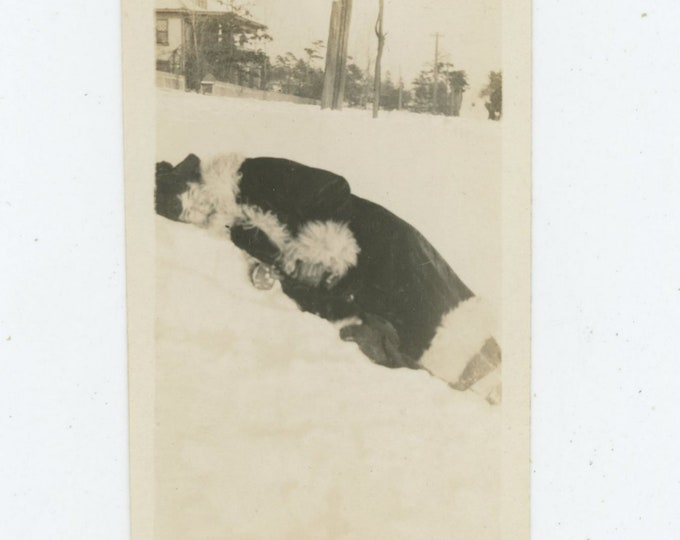 Vintage Snapshot Photo: Lying in the Snow, c1910s (87699)