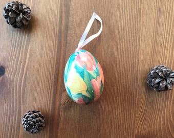 Vintage Easter Egg ornament circa 1970s