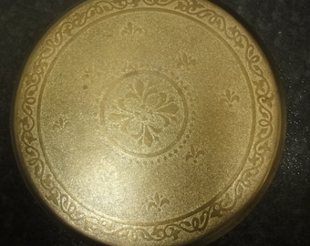 Art Deco Compact in gold design