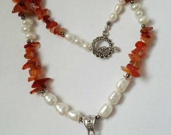 Pearl Necklace Carnelian Pendant