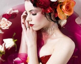 Black Currant Rose, Perfume, Spray Oil, Botanical, Black Currant, Bulgarian Rose, Luxurious, Mischievous, Hair Perfume, Diptyque Paris