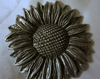 Pretty Pewter Sunflower