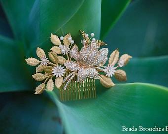 Sale Gold Flower Gold Leaf Wedding Hair Comb,White Enamel Flower Gold Leaf Bridal Hair Comb,Woodland Wedding Hair Comb,Boho Wedding