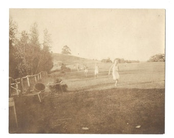 1916 Photograph - Womens Track and Field - 100 Yard Dash