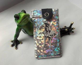 "Etui Iphone,portable,phone case bling ""Pou pou pi 2""simili cuir argenté,effet 3D, style Hollywood avec Marliyn"