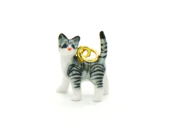 Tiny Porcelain Gray Tiger Cat Charm Miniature Cat Pendant Hand Painted Porcelain Glass Kitten Charm Vintage Style Jewelry Supplies (AT114)