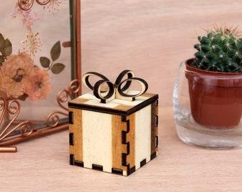 Present box wedding favor