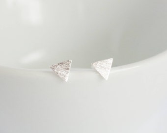 Earrings sterling silver 925 textured triangle studs