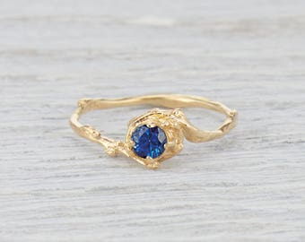 Nature Inspired Engagement Ring. Sapphire Ring Solitaire. 4mm Blue Sapphire Naples Ring. Yellow Gold, White Gold, Rose Gold or Platinum.