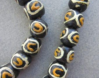 Krobo Glass Beads (10x11mm)