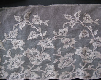 Beautiful antique French side! High ca. 24 cm, length 1.50 meter...ca. 1925!