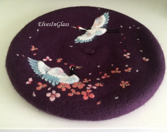 Wool beret with  a flying crane in cherry blossoms,Needle Felted Vintage French hat pattern for christmas gift ,Chinese style element