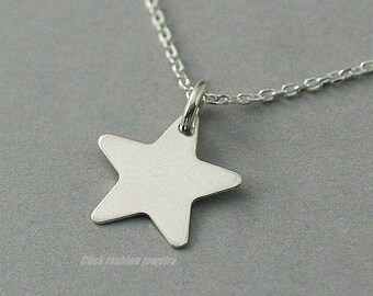 Star necklace, silver star necklace, silver necklace, star jewelry, silver jewelry, personalized silver star necklace, modern necklace, gift