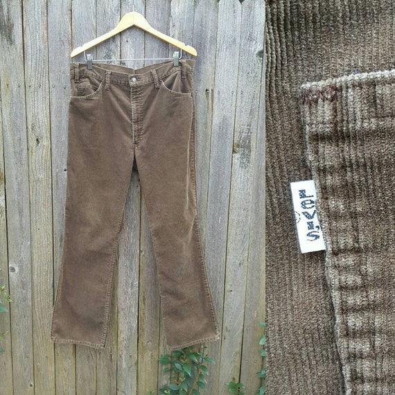 Vintage Levi's 517 Jeans // Vtg 70s 80s Made in the USA Levis Distressed Brown Corduroy High Waist Boot Cut Cords // 37