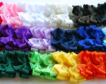boutique set 2 each of 18 ALL YEAR double layered hair bow clips