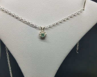 Green Emerald Pendant,polished emerald stone pendant,rose shaped silver pendant, .08 cts 2 mm size, .925 sterling silver connector