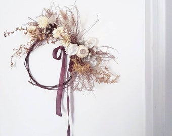 Rustic natural dried flowers wreath / /.