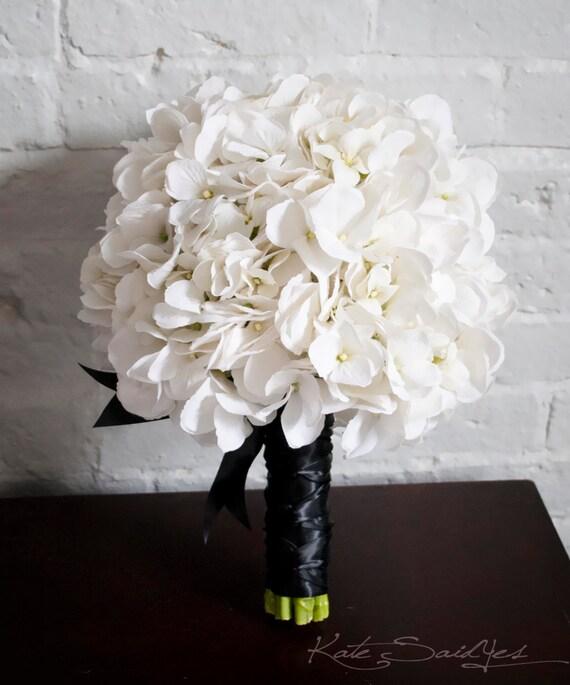 white hydrangea wedding bouquet white and black hydrangea. Black Bedroom Furniture Sets. Home Design Ideas