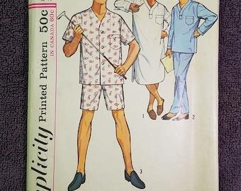 Simplicity 5039 Men's Pajamas/PJs/Nightshirt Size Large 42/44 Retro 60s Vintage Sewing Pattern