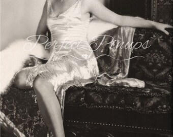 STUNNING LOUISE BROOKS 1920s Starlet Vintage Photo Pin Up Pinup Flapper Photograph Home Decor Wall Art Photography Vintage Hollywood 5x7