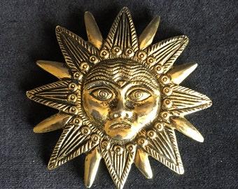 Vintage Castlecliff Sun Brooch