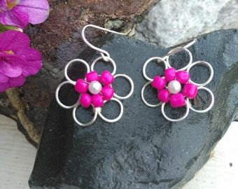 small wire flower earrings