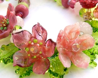 Handmade Lampwork Floral Necklace, Festive Glass Pink Necklace, Bead art necklace, Unique Gift, Made to Order