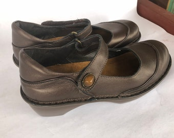 Vintage Naot Brown Leather Women's Mary Jane Shoes 39