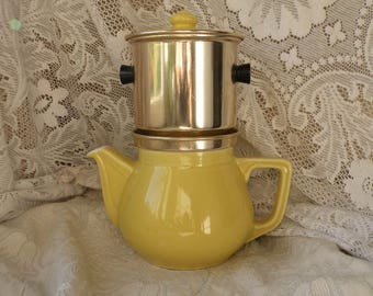 Vintage yellow teapot and filter, yellow coffeepot, retro teapot, vintage coffeepot, french country home, french home decor