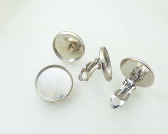 2 pairs of clip on earrings 16MM cabochon