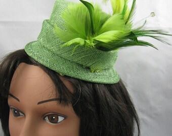 Green Miniature Top Hat Feather Fascinator Kentucky Derby Wedding Hat