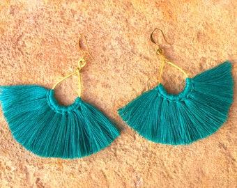 Fringe earrings. Gypsy earrings. Boho chic Earrings. Boho chic Jewelry. Earrings with fringes. Boho chic earrings.