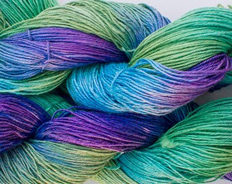 Linen 16/4, Hand painted yarn, 300 yds - Blue Peacock