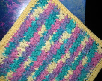 DC-013  3-Pack Crochet Dishcloths