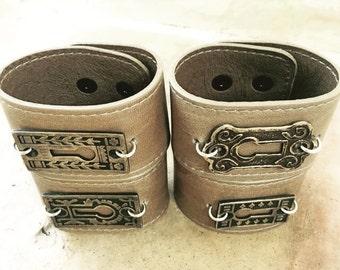 SALE!!! Unisex Vintage/Antique Keyhole Leather Cuff