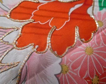 ViNTAGE SiLK FABRiC for HaREGI CHiLD's KiMONO - CoUCHiNG with GoLD THReaD - FREE SHiPPING!!!