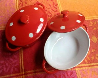 A pair of very sweet individual red and white lidded terrines - French vintage cookware